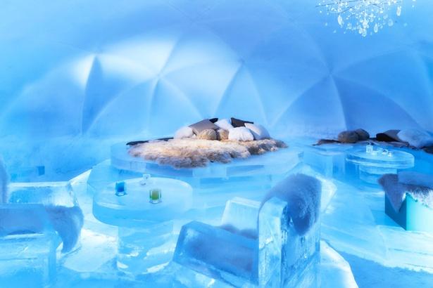 「氷のホテル」は17時から21時45分の間、無料で見学可能