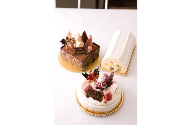 通年販売の「貴婦人ロールフルーツ」(右奥・1カット¥320)も人気