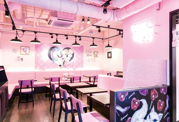 「アニマルパレード」をテーマにした1階は、ピンクカラーがベース/ECONECO Cafe&Sweet