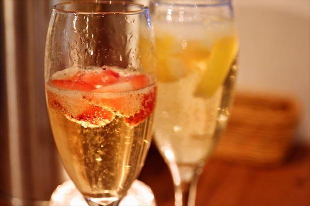 東京・恵比寿のkawara CAFE&DINING +PLUS 恵比寿店にて、凍結フルーツ入りスパークリングワインの飲み放題が開催