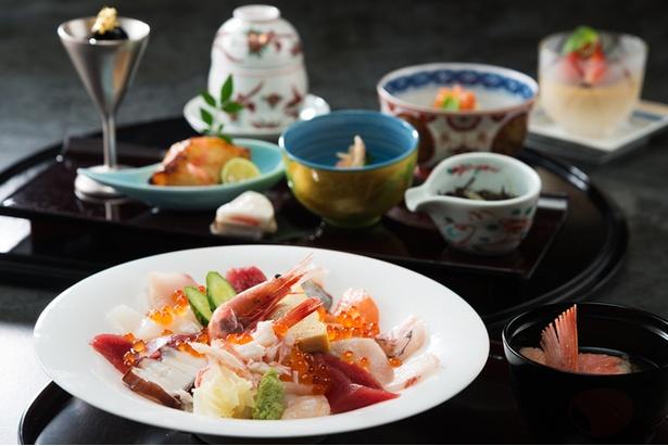かぶら寿司や、かに茶碗蒸し、五郎島金時プリンなどが味わえる、お手ごろなお寿司ランチ「つるぎ」(3,800円)