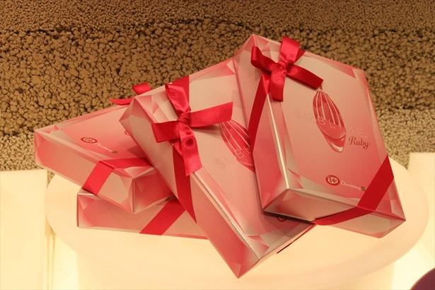 アソートBOXは5本入りと7本入りを展開、「キットカット ショコラトリー サブリム ルビー」のみの単品提供はしていないので気を付けよう