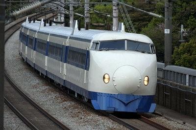 初代新幹線0系の最後の雄姿を目に焼き付けよう!(写真提供:JR西日本)