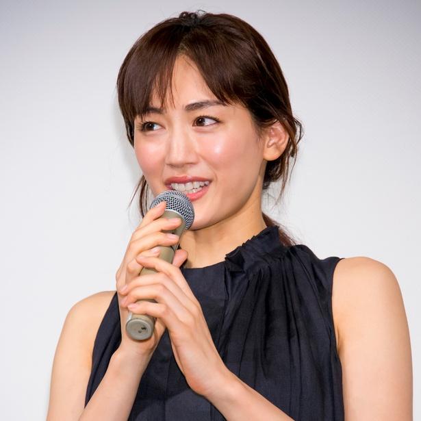 綾瀬はるかが「しゃべくり007」 にゲスト出演