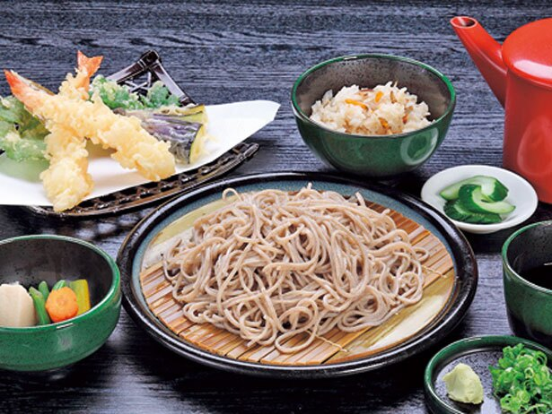 「十割手打ち蕎麦定食」(1,590円)