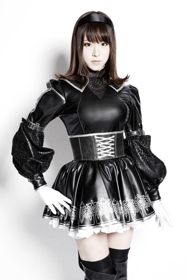 二十一号役は元宝塚歌劇団の花奈澪。石川由依、田中れいなと共に歌唱でも魅せる