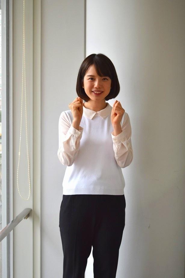 【写真を見る】南沢奈央との熱愛についてのイジりが「一番激しい!」と若林に言わしめた弘中綾香アナ