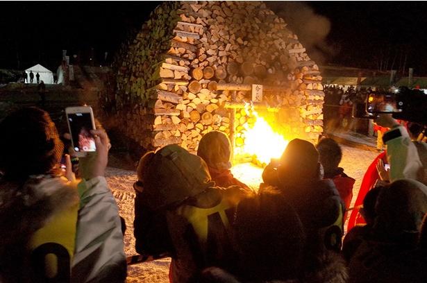 「命の火」の点灯式と共に「しばれフェスティバル」がスタート