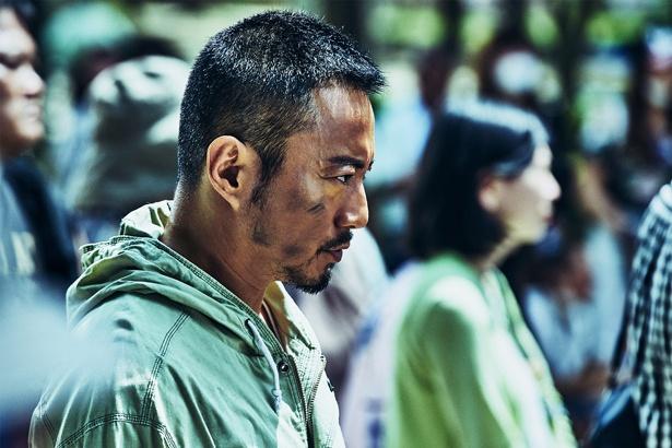 巨大な陰謀が渦巻くなか、真相を探るドゥ・チウ(チャン・ハンユー)