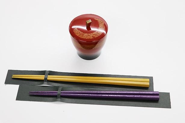 香川漆器のぐい飲みや箸