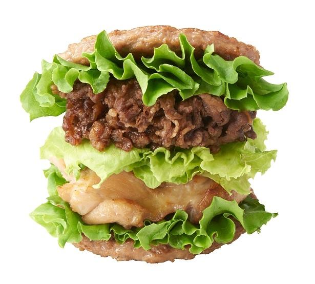 """【写真を見る】モスバーガーの恒例人気企画""""肉の日""""限定で販売する「にくにくにくバーガー」(850円)"""