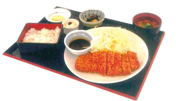 「京丹波ポークのロースカツ」(1480円)/丹波里山レストラン Bonchi