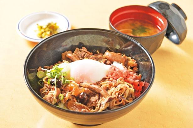 「牛茸どんぶり」(780円)/丹波大食堂