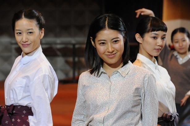 瀧本美織が主演を務める帯ドラマ劇場「越路吹雪物語」が好評放送中