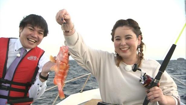 【写真でみる】島では一年中釣りを楽しむことができる