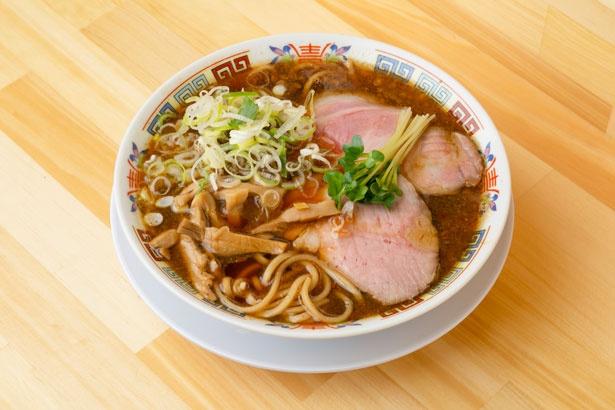 「サバ醬油そば」(700円)/サバ6製麺所