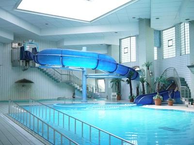 温水プールやトレーニングルームも完備/東海市しあわせ村