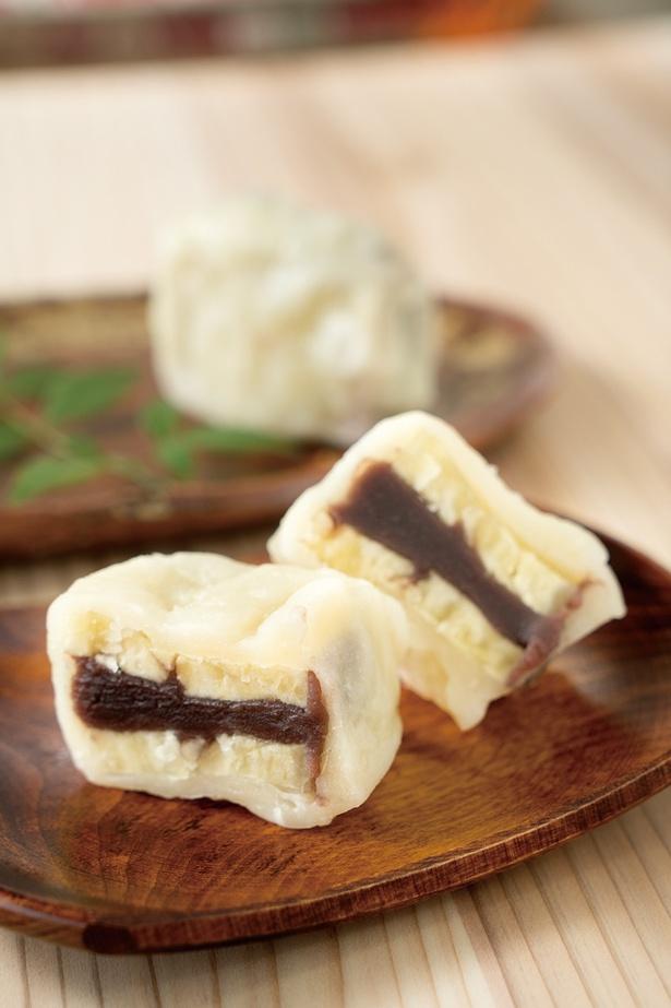 「いきなり饅頭」(1個110円)。ホクホクと温かいできたては美味!