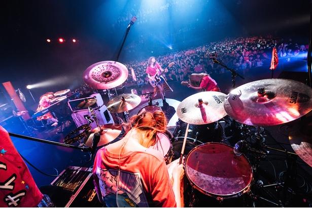 3月からはライブハウスツアーをスタートさせるバンド・SILENT SIREN