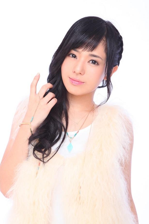 【写真を見る】咲子(蒼井そら)は愛する夫のため、全てを投げ打ち犯人を追う!