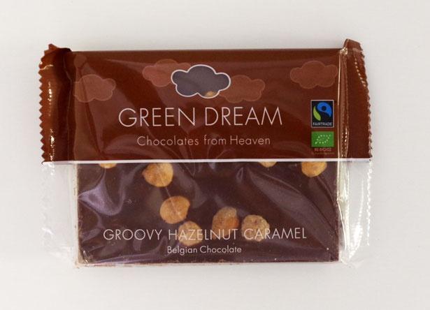 9位は「グリーンドリーム 有機フェアトレード ミルクキャラメルヘーゼルナッツ 100g」(税抜499円)。優しい甘さのミルクチョコレートに、キャラメリゼしたヘーゼルナッツをトッピング