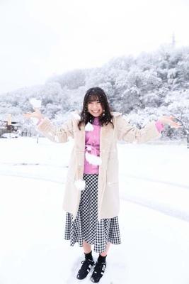 「雪遊びなんて久しぶりかも♪」