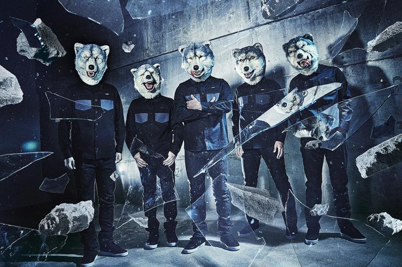 【写真を見る】『いぬやしき』に登場する犬たち…ではなく、主題歌を手掛けたMAN WITH A MISSION