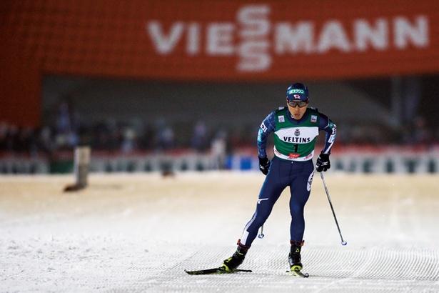 ジャンプとクロスカントリーの総合力で順位を競うことから、その王者はキング・オブ・スキーと呼ばれる