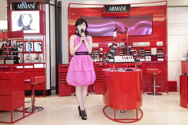 AKB48卒業後、初の公の場となる渡辺が今後について語った