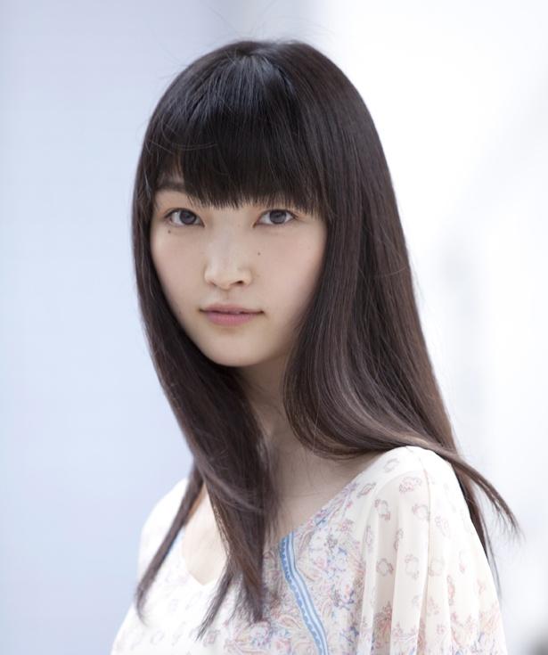 【写真を見る】子役としてデビューし、ドラマ、映画で活躍する菅野莉央は、海斗の妹・絵梨に