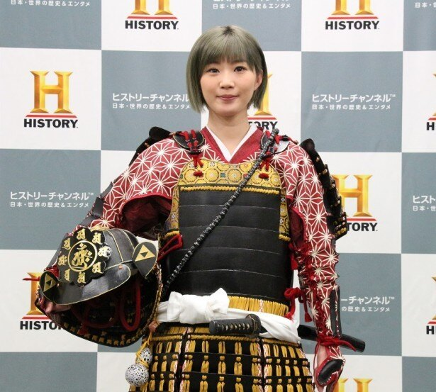 【写真を見る】今回泥酔した田名部生来は、実はAKB48随一の歴女キャラだった