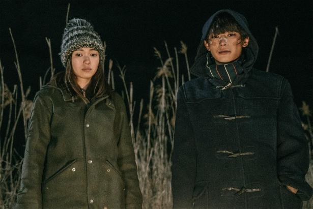 ハルナと山田、摂食障害のモデル・こずえ(SUMIRE)が、ある秘密を共有していく
