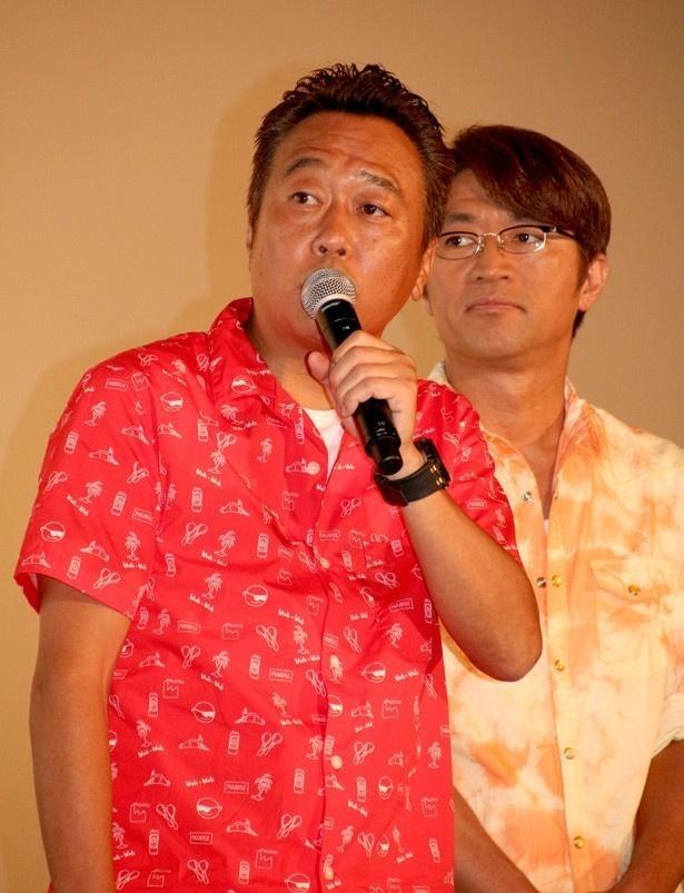 【写真を見る】「病気に対してすごいこだわりがある」という大竹一樹(右)とダメ扱いされている三村マサカズ(左)