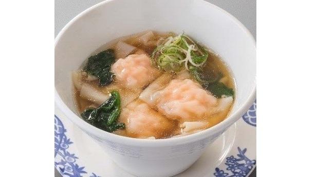 「雲呑スープ」は海老(税抜349円)のほかに、豚肉(税抜299円)、野菜(税抜299円)なども選べる
