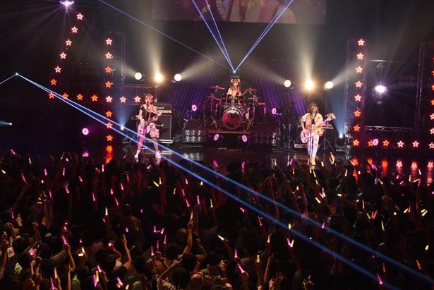 """「ナナシス」4U夢の単独ライブ! 「4U 1st Live!!! The Pres""""id""""ent 4U」大阪公演現地レポート"""