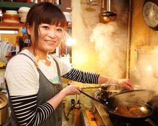"""ロコモコメインのはずが""""ハンバーガー""""が大ヒット!秘密はパンと...カレー?神戸元町「CLINK」"""
