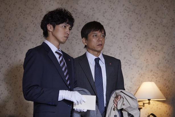桐山漣(左)と勝村政信がアガサ・クリスティ作品でバディに