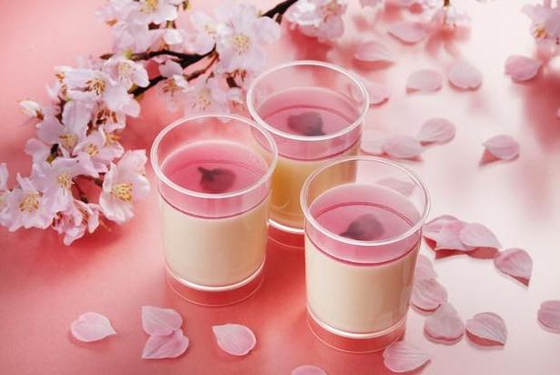 「とろけるチーズプリン」より桜が新登場!