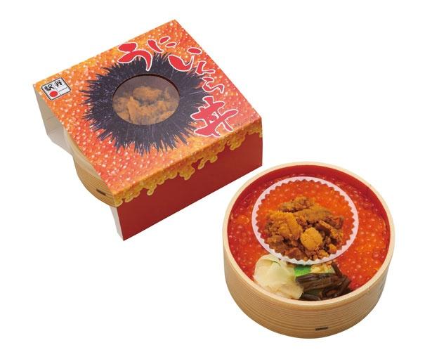 「うにいくら丼」(1380円)/旅弁当駅弁にぎわい
