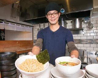 「魚介豚骨つけ麺」(800円)。魚介豚骨スープは甘味もあり、見た目ほどくどくない。モッチリと食べ応えのある極太麺とよく絡む。写真は並200g