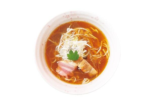 鶏と貝の旨味を感じる絶品スープが自慢の「中華そば」(750円)
