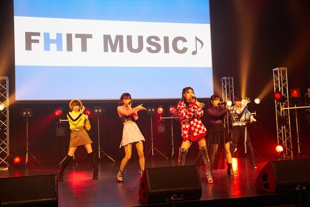 3月3日(土)より、dTVの音楽番組「FHIT MUSIC♪」第6弾が配信