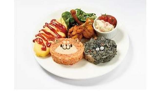 ボンレスたちの好物であるからあげとサーモンポテトサラダが付いた「ボンレス好物プレート」(1890円)