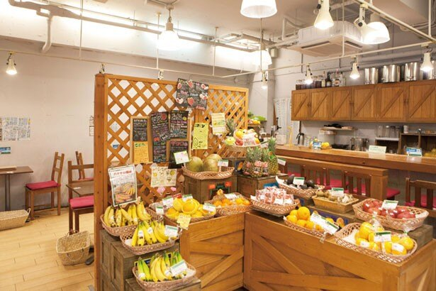 全国各地のフルーツを販売/山口果物 上本町本店
