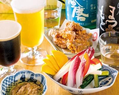 「スティック野菜酒粕バーニャカウダ」(600円・手前)など/BEFORE9