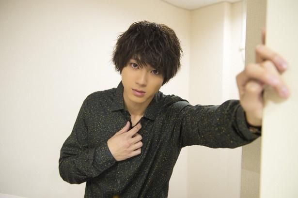 【写真を見る】山田裕貴からの壁ドン気分が味わえる!? 胸キュンショットも公開!