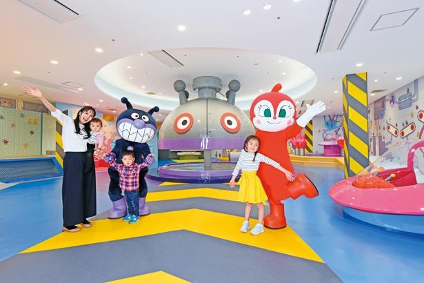 【写真を見る】「神戸アンパンマンミュージアム&モール」に誕生する「バイキンひみつ基地」
