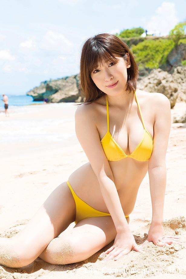 南杏奈1st DVD「ミナミの果実」(ラインコミュニケーションズ)より