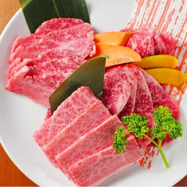 黒毛和牛と松坂牛の食べ放題コースがなんと2929円!
