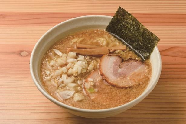 栃木 東京の人気店の味を受け継ぐ背脂煮干し&自家製麺を披露「麺処 いろ葉」